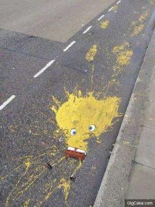 Chỉ là vết sơn đổ thôi mà
