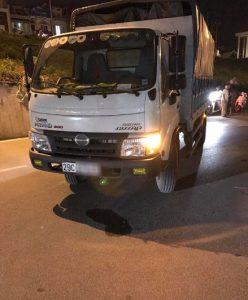 Tài xế đã bỏ lại chiếc xe tải và bỏ chạy
