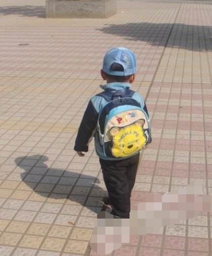 bé trai mất tích, bé 4 tuổi mất tích, bé 4 tuổi trở về sau 72 giờ mất tích, mất tích trở về với 700 triệu đồng