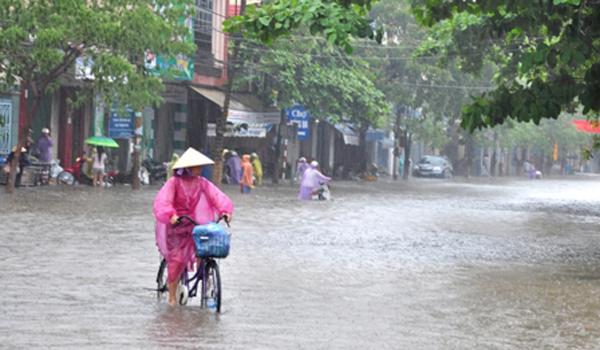 Cảnh báo mức độ rủi ro cho người dân khi cả nước mưa giông