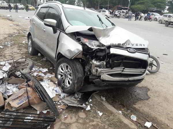 Tài xế gây tai nạn liên hoàn khiến 2 người tử vong đã ra công an trình diện