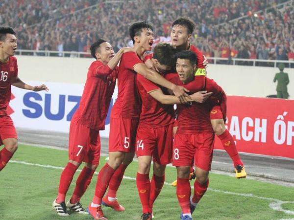 Dồn lịch V-league chưa chắc là cách hay giúp HLV Park