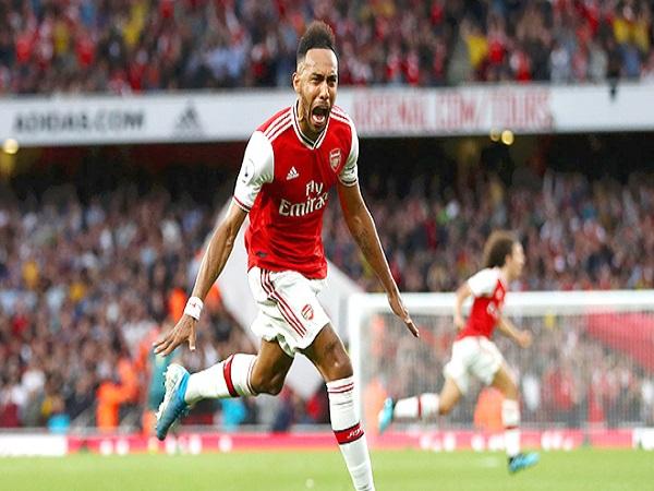 Điểm sáng của Arsenal: Aubameyang và Guendouzi