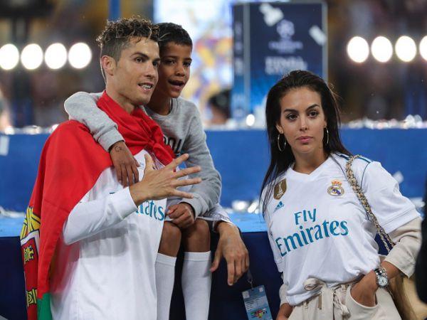 Thống kê của Ronaldo sau tròn 11 năm ngày đến Real