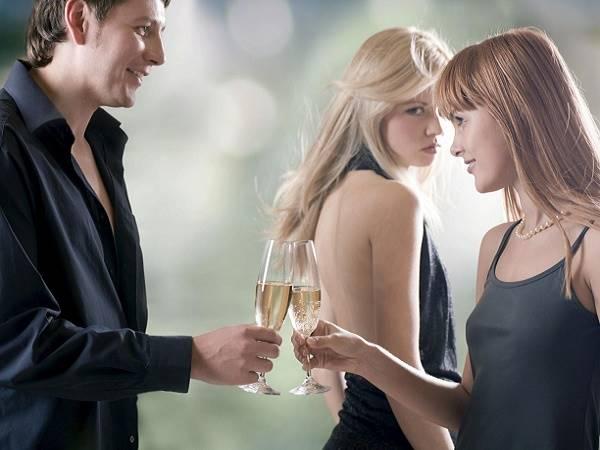 Nằm mơ thấy chồng là điềm báo gì, lành hay dữ? Con số liên quan