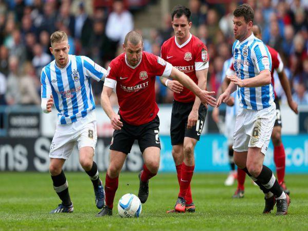 Soi kèo Barnsley vs Huddersfield, 22h00 ngày 26/12 - Hạng nhất Anh