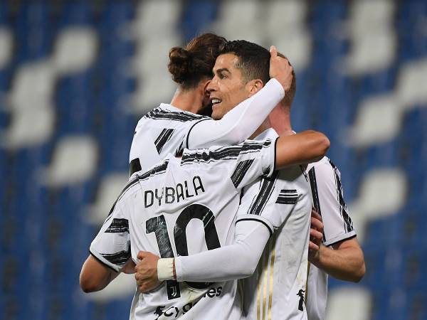 Bản tin bóng đá 13/5: Ronaldo tạo cột mốc lịch sử